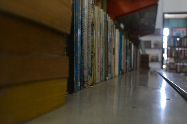 Storbuks offer a variety of vintage books sold at cheap prices.